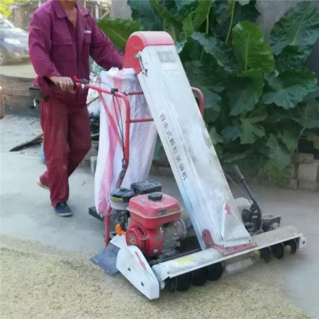 高效率吸粮机全自动自走式稻谷装袋机