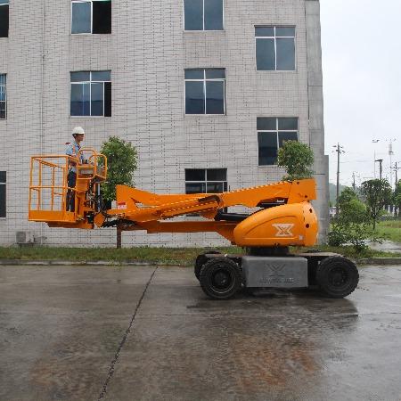 运想重工GTZZ12D电动曲臂式高空作业平台12米自行走升降机升降平台