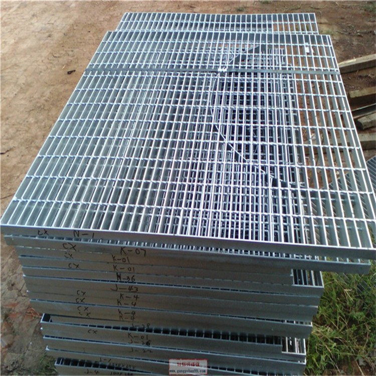 厂家产品齐全 热镀锌钢格板 钢格板 钢格栅 现货