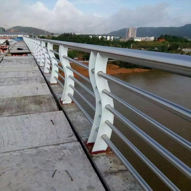 山东飞龙  桥梁护栏  灯光护栏 不锈钢护栏