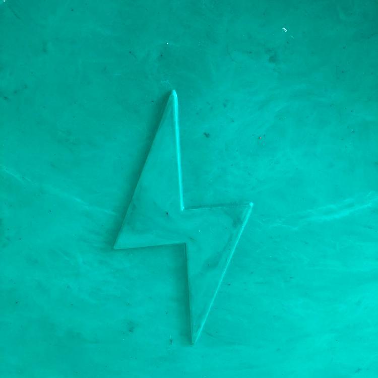 辽宁 玻璃钢雨罩 电线杆防污伞 模压