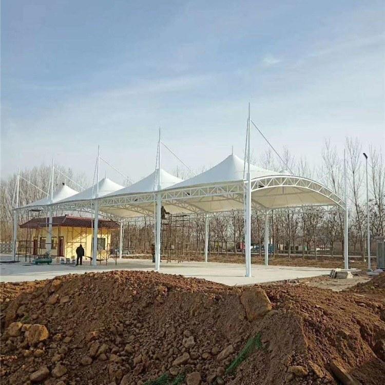 鑫绿荫 停车棚膜结构工程  厂家直销 欢迎咨询