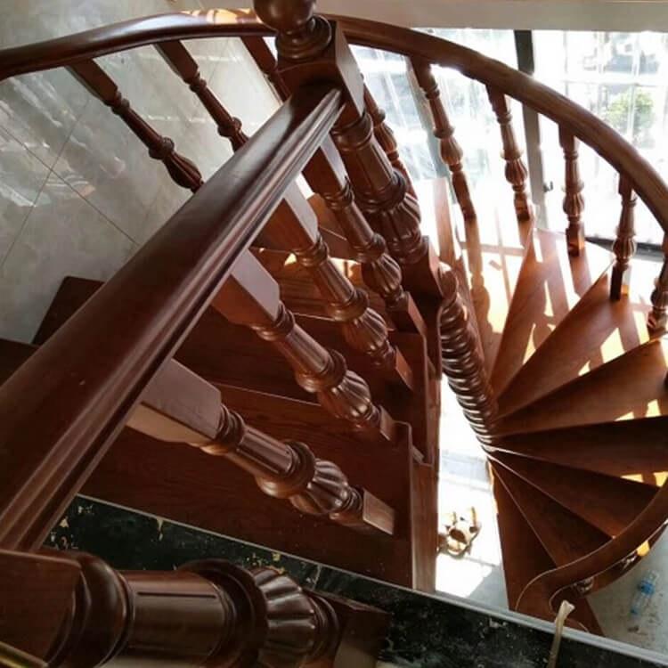 厂家直销实木楼梯 室内旋转楼梯柱 实木楼梯定制批发 现货供应 -【颜氏木业】
