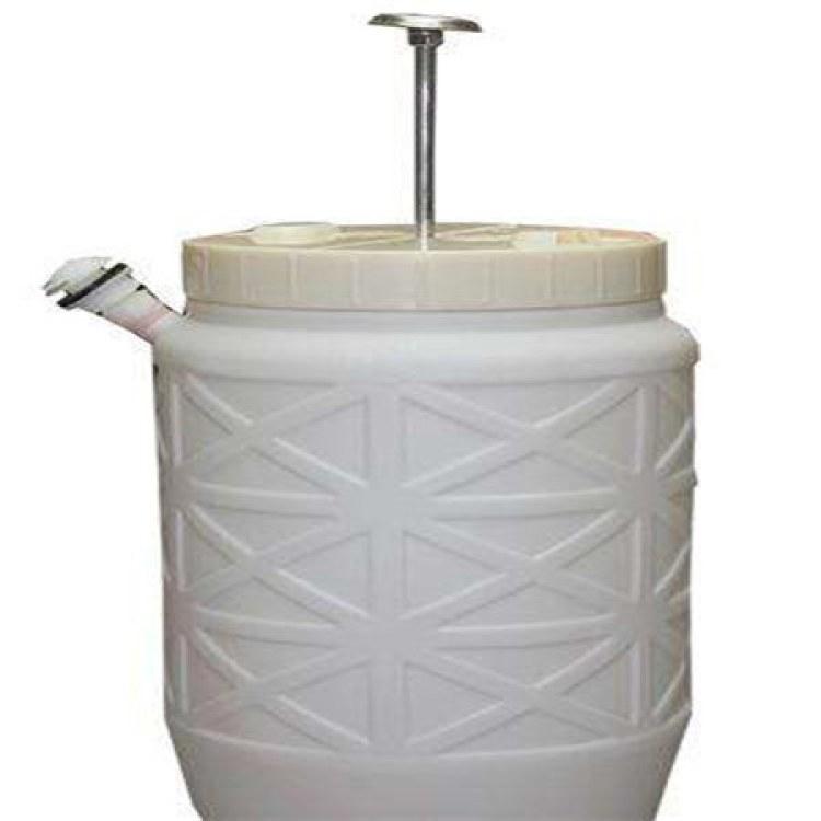 衡水厂家供应旱厕改造冲水 脚踏冲厕桶35升冲水桶  脚踏式压力桶  压力水桶哪家好?