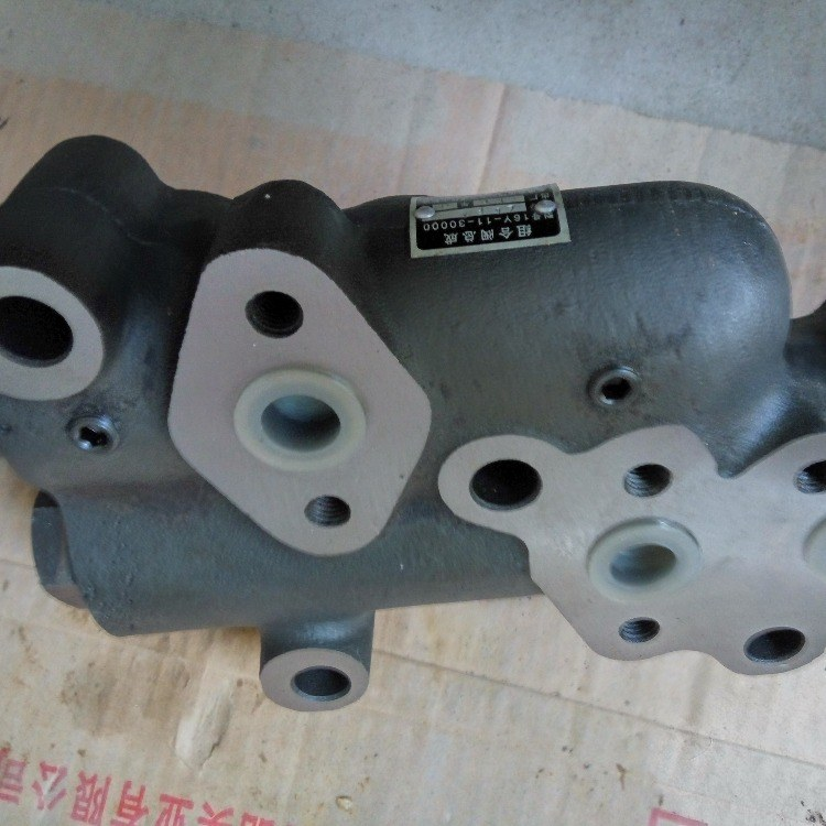 山推推土机配件sd16变矩器组合阀16y-11-30000