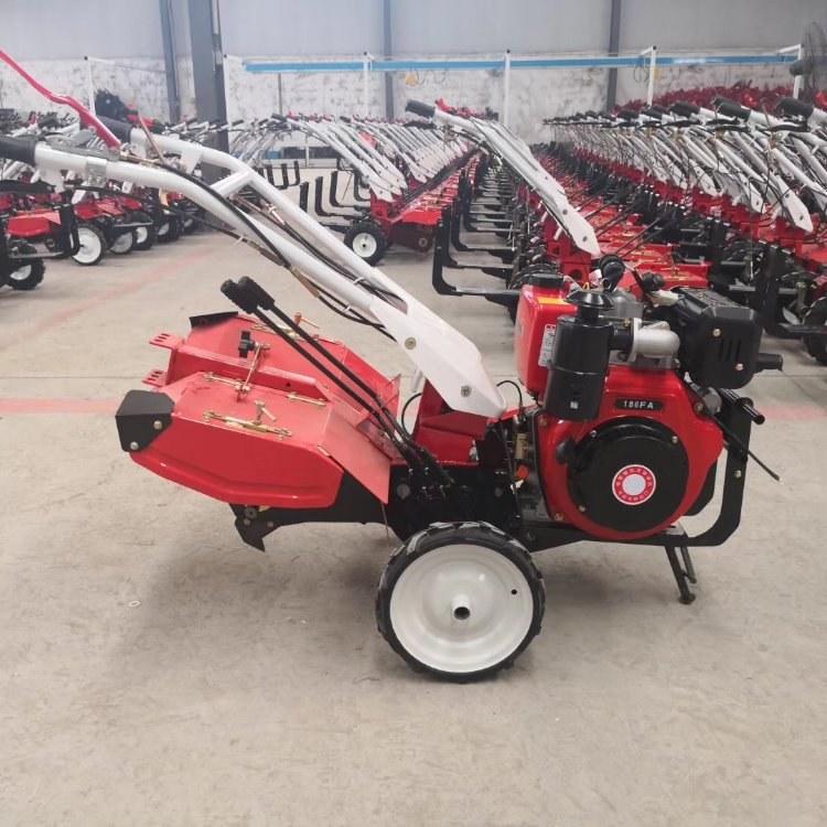 最先进四驱自走微耕机   打田松土农用拖拉机  省油耐用