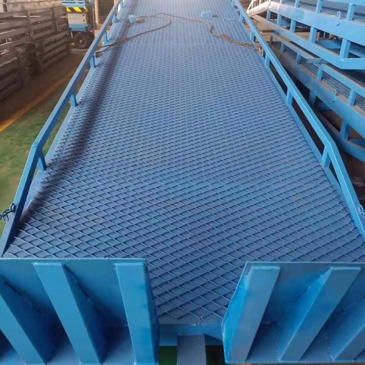超瑞机械 定制8吨10吨移动式登车桥 集装箱装车平台 支持定做