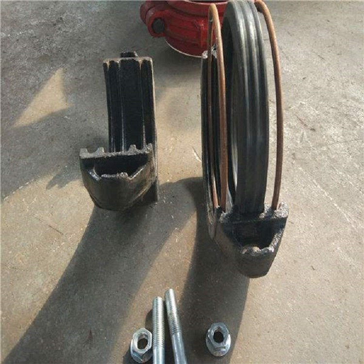 东方管件-卡箍式柔性环型接头 卡箍式柔性环型接头厂家