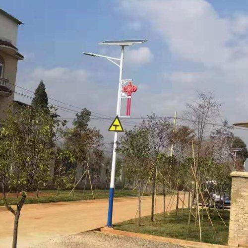 仿古LED太阳能路灯厂价直销 玉盛 高杆LED太阳能路灯生产