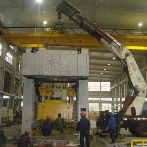 大型精密仪器设备装卸服务 起重吊装 重型设备装卸服务