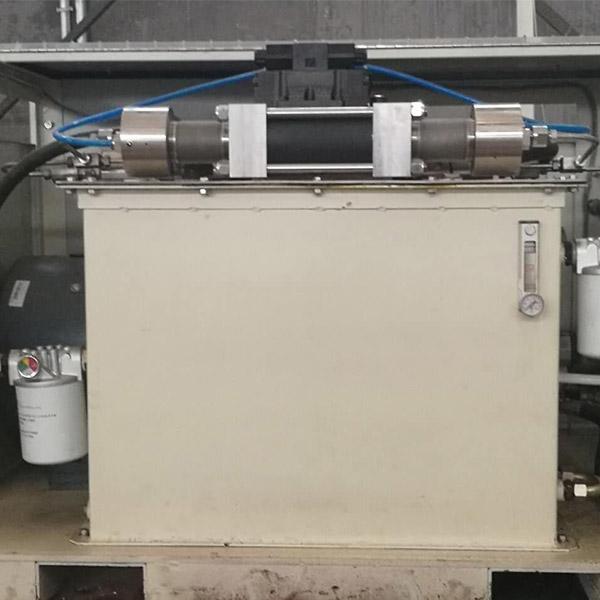 气动超高压泵 超高压泵生产厂 沃迈数控 三柱塞超高压泵生产厂
