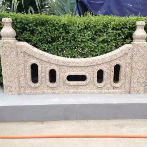 别墅仿石栏杆订购 河道仿石栏杆报价 池塘仿石栏杆订购 丽景建材