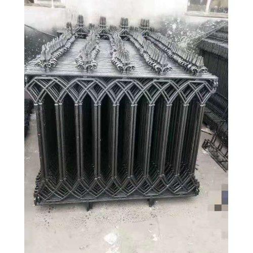 专业定制铸铁围栏公司 专业定制铸铁围栏 平轩金属