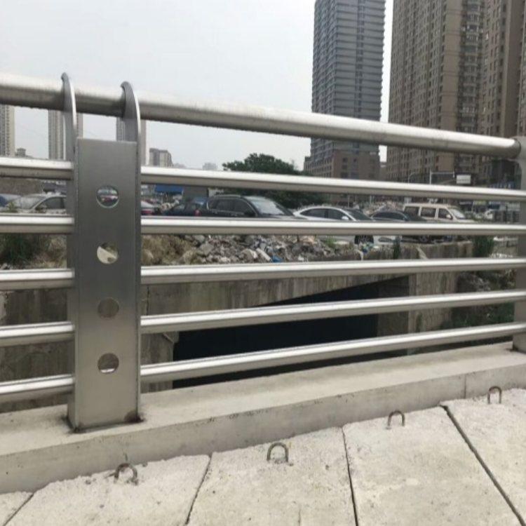 桥梁灯光护栏批发 诚涵 桥梁灯光护栏定做 桥梁灯光护栏