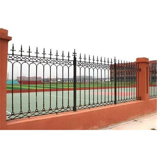 定制铸铁护栏规格 平轩金属 供应铸铁护栏供应商