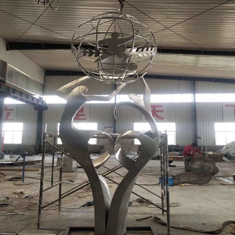 腾艺雕塑 卡通不锈钢雕塑专业制作 威海不锈钢雕塑专业定制