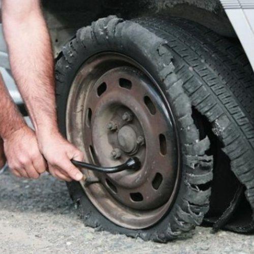 天津汽车换胎服务费用 天津汽车换胎服务电话 安援救援