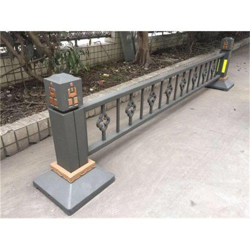 交通护栏报价 交通护栏供应商 巨煜金属 专业生产交通护栏