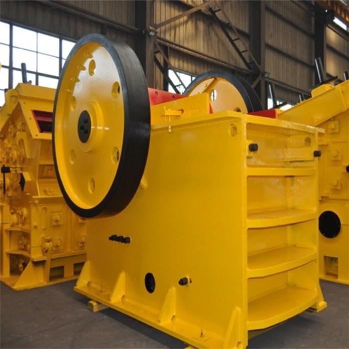 大型矿石破碎机代理 河南鸣远重工机械有限公司