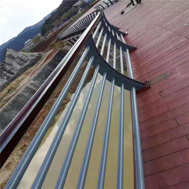 河道景观护栏厂商 飞龙 不锈钢景观护栏公司
