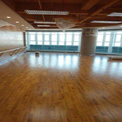 立美体育 实木舞蹈木地板订做 复合舞蹈木地板供应