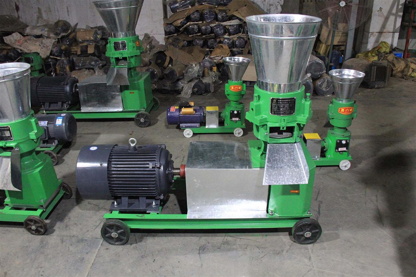 牛羊豬飼料顆粒機 家用養殖雞鴨鵝料加工設備 秸稈顆粒飼料機