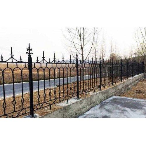 定制铸铁护栏 平轩金属 铸铁围栏供应商