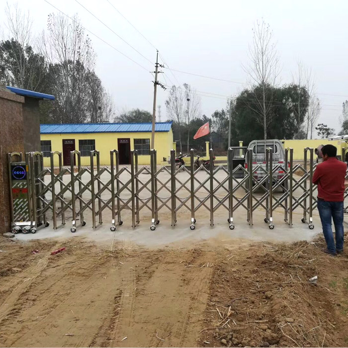 濮阳折叠电动大门专业安装 折叠电动大门厂 正大电动门