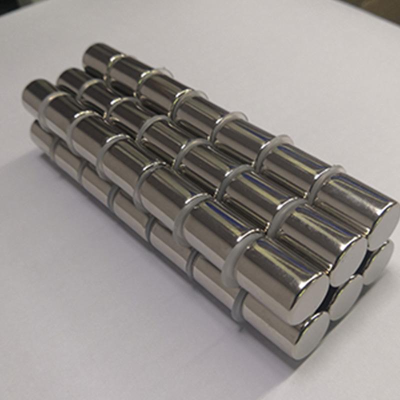 广东强力磁铁批发圆柱形磁铁吸铁石