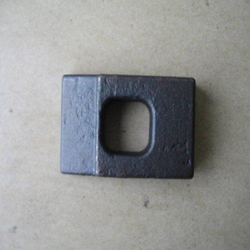 山桥工务器材 钢结构轨道梁压板长期供应 双孔轨道梁压板设计定做