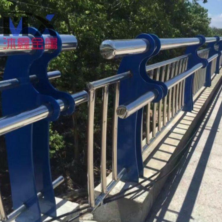 镀锌管桥梁防护栏批发 沐鑫 不锈钢桥梁防护栏生产