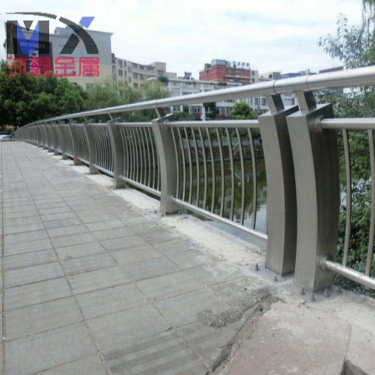 复合管桥梁钢栏杆现货 不锈钢桥梁钢栏杆定做 沐鑫