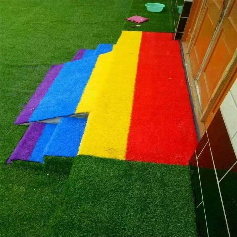 屋顶仿真草价格阳台装修铺仿真草坪五人制足球场草坪
