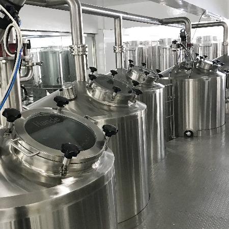 湖州报废制药厂设备回收-湖州制药厂设备拆除回收
