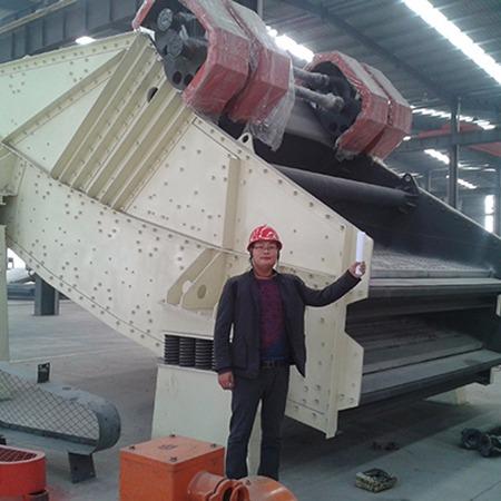 河南骄阳  矿用重型振动筛分机  矿用重型振动筛分机厂家  处理量大效率高