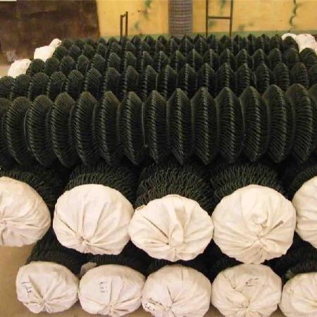四川成都勾花网 包塑 镀锌 勾花护栏网采购费用