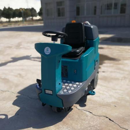 厂家直销山东金驰牌驾驶式洗地机 物业保洁用