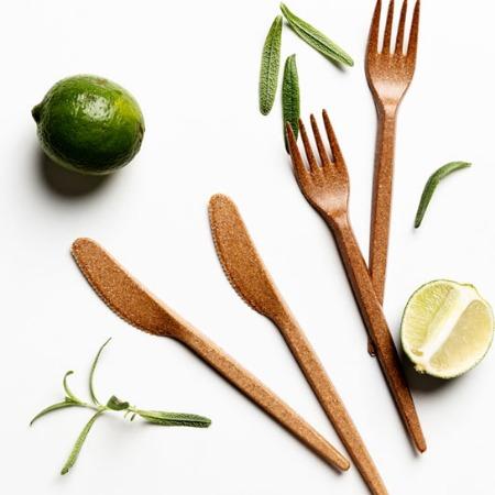 木塑复合塑料 注塑级刀叉餐具用品应用木纤维塑料 可再生材料
