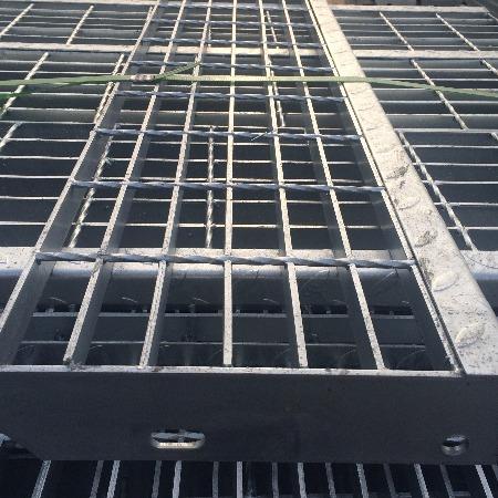 亿鼎 镀锌格栅板插接式网格板热镀锌钢格栅板重型电厂平台钢格板
