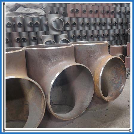 大口径无缝三通 大口径等径三通 碳钢三通 合金三通 铜三通 等径三通 异径三通