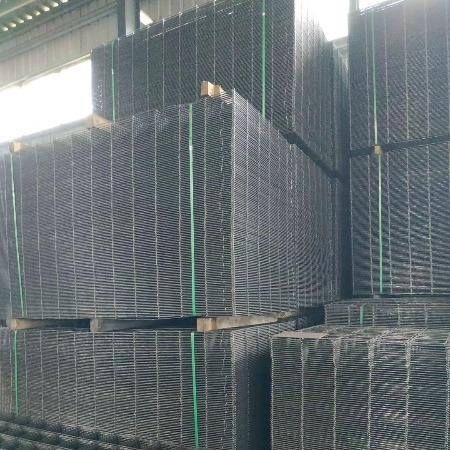 蒙诺生产销售电焊网片 镀锌铁丝网 钢丝粗丝 DIY网片 可做狗笼 货架 隔离网 报价
