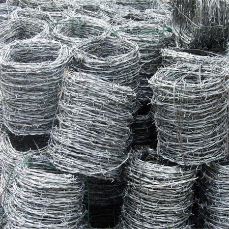 铁丝网围栏 铁丝绳 荷兰网 牛栏网 边坡防护网 养殖场护栏网 高压火车道刺绳