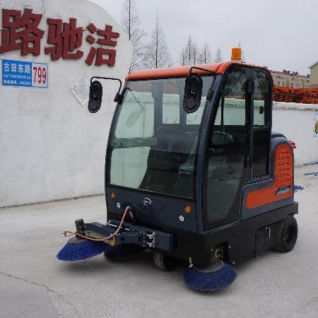 厂家直销电动扫路车 小型电动扫路车 电动扫地车 手推式扫地车