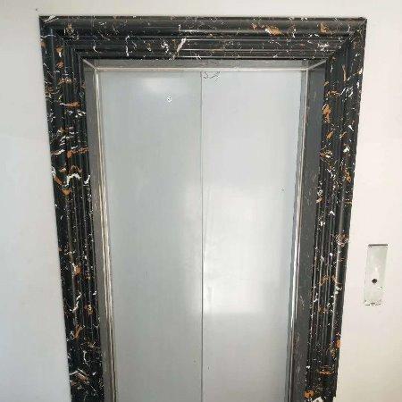 厂家直销天然石材电梯门套,人造石电梯门套,电梯门套厂家 蓝钻石材