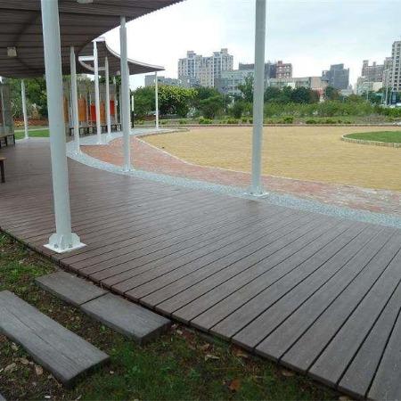 景区水泥仿木栈道 仿木纹水泥铺板 水泥地板 仿木仿石地板 混凝土地板