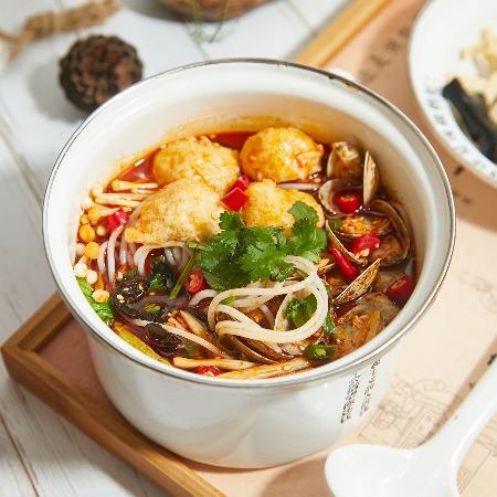 特色火锅米线加盟 过桥米线加盟 创客兄弟餐饮