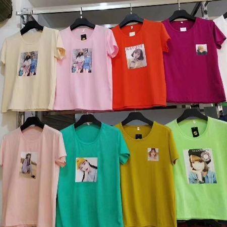 便宜女士T恤 夏季短袖 跑量T恤批发 服装 中老年女士上衣批发 地摊货批发