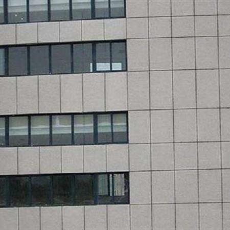 厂家直销国标外墙水性氟碳漆 哑光实色外墙漆 耐紫外线性能强
