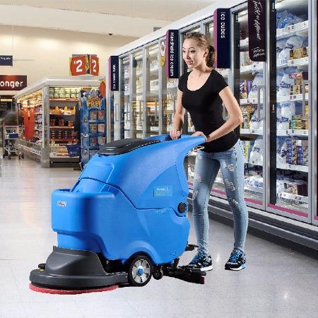 厂家直销依晨YZ-ZD560全自动洗地机 电瓶式刷地机 自动洗地吸干机