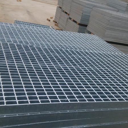 厂家批发 亿鼎丝网 石油平台钢格板 化工钢格栅 电厂镀锌栅板 镀锌平台网格板 欢迎选购